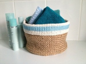 Twine and cotton bathroom tidy