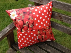 Strawberry oil Cloth Cushion