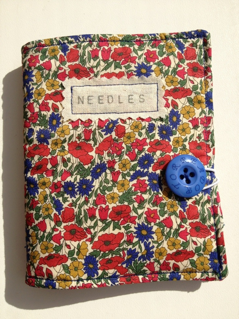 Liberty print needle case