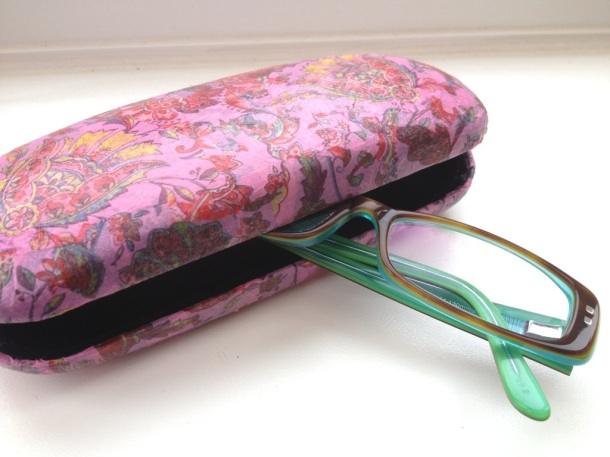 Decopatch glasses case