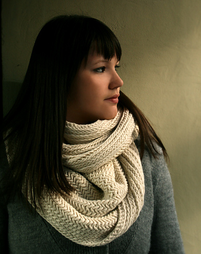 Big Herringbone Cowl pattern by Purl Soho