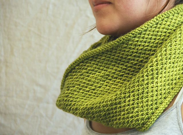 Honey cowl by madelinetosh