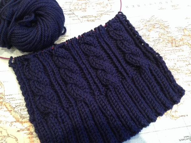 Classic cable knit scarf in merino Aran