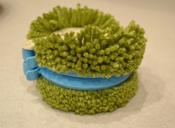 Clover Pompom maker