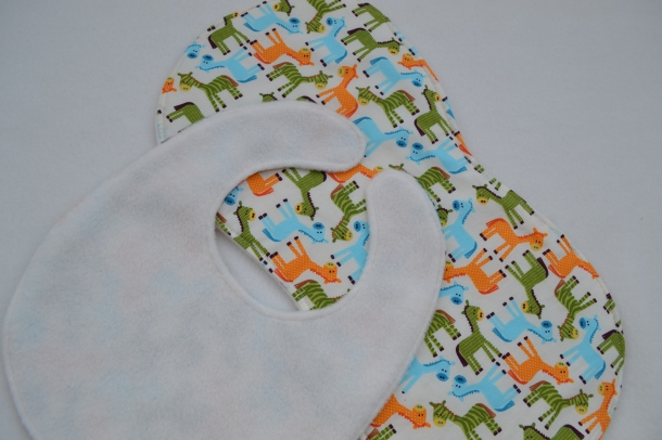 Bibs and burp cloths tutorial