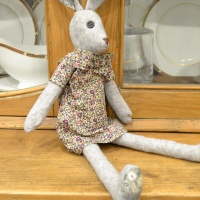Lovely Luna Lapin