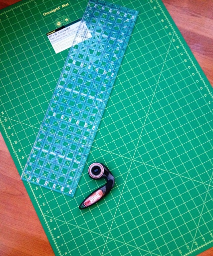 Self Healing cutting mat and rotary blade