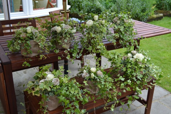 Ivy and rose table centres