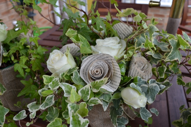 Ivy and rose wedding table centres