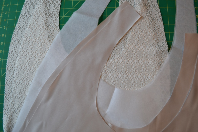 2 cut of the exterior fabric, 2 of the lining, 2 fusible medium weight interfacing, 2 heavy weight sewn in interfacing