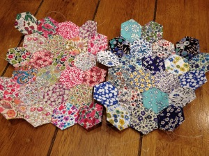 paper piecing with Liberty Tana  Lawn hexies