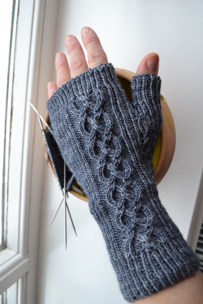 beira fingerless gloves2