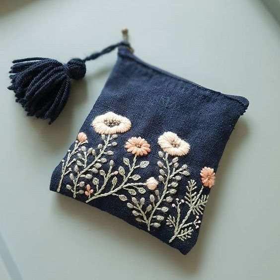 embroidered-purse2